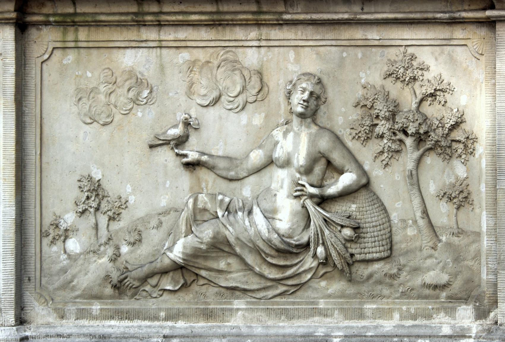 Fortuna, Sandsteinrelief in der Frauengasse